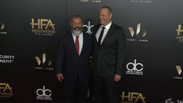 mel gibson and vince vaughn at 20th annual hollywood film awards at the beverly hilton hotel on november 06 2016 in beverly hills california - mel gibson stock videos and b-roll footage