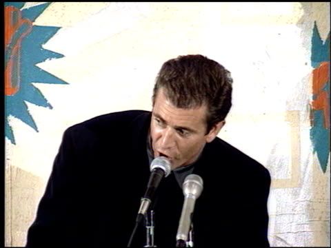 Mel Gibson at the 1993 MTV Movie Awards at Universal Amphitheatre in Universal City California on June 5 1993