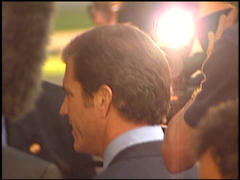 Mel Gibson at the Premiere of 'The Patriot' on June 27 2000