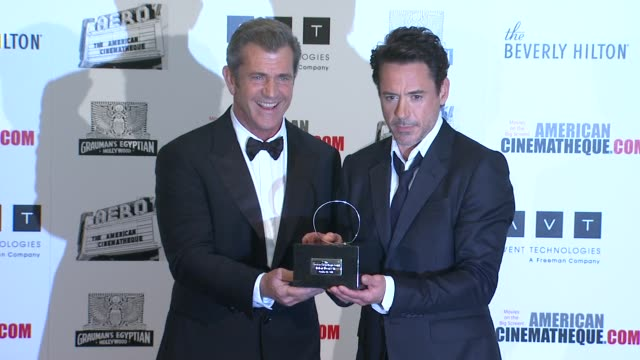 mel gibson robert downey jr at the the 25th annual american cinematheque award honoring robert downey jr at beverly hills ca - american cinematheque stock videos & royalty-free footage