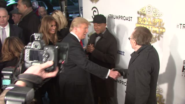 melania trump donald trump and larry king at the comedy central roast of donald trump arrivals at new york ny - melania trump stock-videos und b-roll-filmmaterial