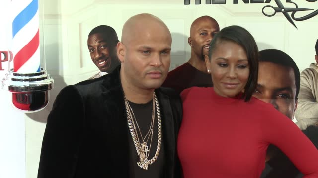stockvideo's en b-roll-footage met melanie brown and stephen belafonte at barbershop the next cut los angeles premiere at tcl chinese theatre on april 06 2016 in hollywood california - tcl chinese theatre