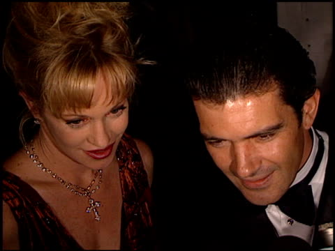 vídeos de stock e filmes b-roll de melanie griffith at the 1999 producers' guild golden laurels awards at century plaza in century city, california on march 3, 1999. - melanie griffith