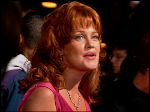 melanie griffith at the 'desperado' premiere on august 21 1995 - 1995 stock-videos und b-roll-filmmaterial