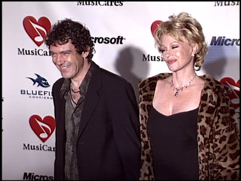 vídeos de stock, filmes e b-roll de melanie griffith at the musicares 2004 person of the year sting at sony pictures studios in culver city california on february 6 2004 - melanie griffith
