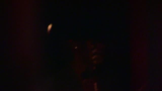 vídeos de stock e filmes b-roll de melanie griffith departs craigs in west hollywood in celebrity sightings in los angeles, - melanie griffith