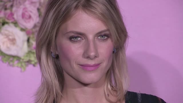 melanie laurent cecile cassel ludivine sagnier and claire chazal attend a photocall during the ballet national de paris opening season gala at opera... - tänzerin stock-videos und b-roll-filmmaterial