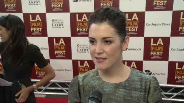 melanie lynskey on her role, on the most poignant scene for her interview: melanie lynskey on her role, on the mos at regal cinemas l.a. live on june... - mos stock videos & royalty-free footage