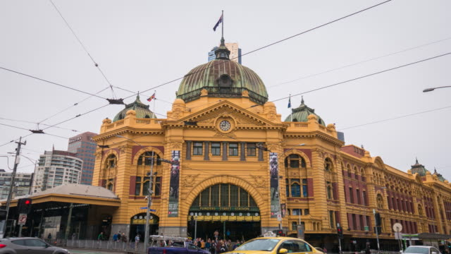 melbourne city victoria australia - flinders street station establishing shot of melbourne city victoria australia - editorial stock videos & royalty-free footage