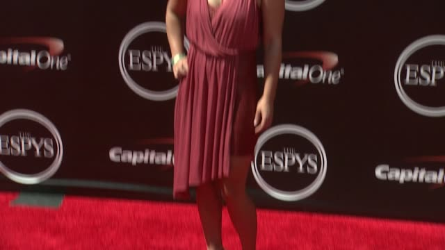 vídeos de stock, filmes e b-roll de melissa arnot at the 2014 espy awards in los angeles ca - espy awards