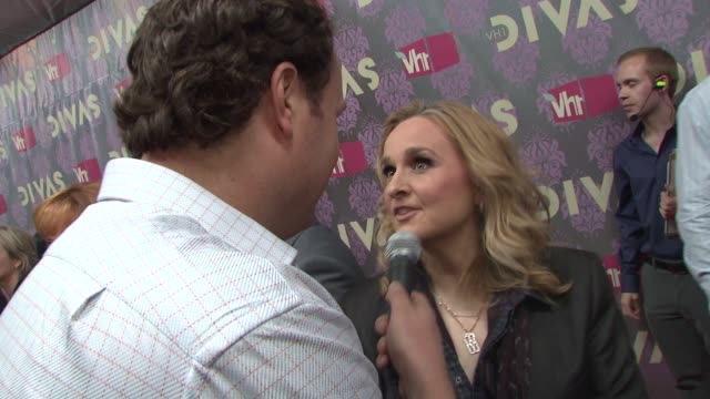 stockvideo's en b-roll-footage met melissa etheridge at the 2009 vh1 divas red carpet at new york ny - vh1