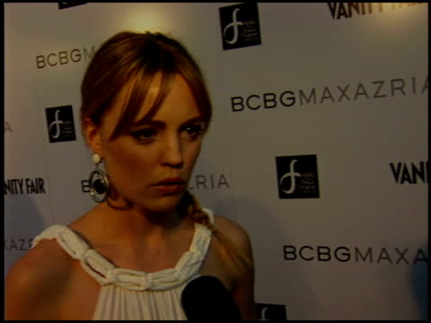 melissa george at the bcbg max azria store opening on august 18 2005 - store opening stock videos & royalty-free footage