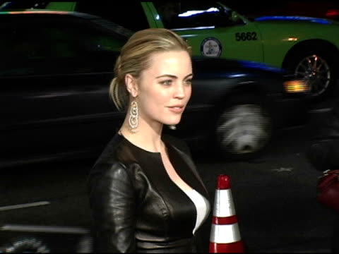 melissa george at the 'blade trinity' los angeles premiere at grauman's chinese theatre in hollywood california on december 7 2004 - melissa george stock videos & royalty-free footage