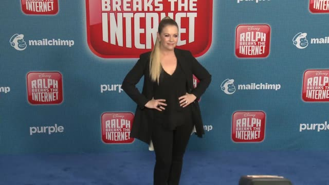 """melissa joan hart at the """"ralph breaks the internet"""" world premiere at the el capitan theatre on november 05, 2018 in hollywood, california. - el capitan theatre stock videos & royalty-free footage"""
