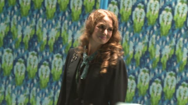 vídeos de stock, filmes e b-roll de melissa leo at hbo's post 65th primetime emmy awards reception in los angeles, ca, on 9/22/13. - melissa leo