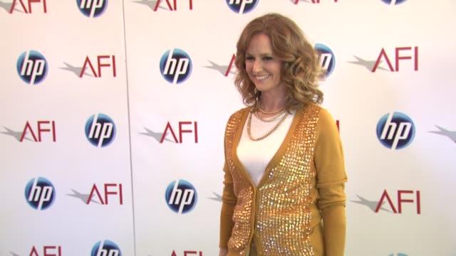 vídeos de stock, filmes e b-roll de melissa leo at the 2010 afi awards at los angeles ca. - melissa leo