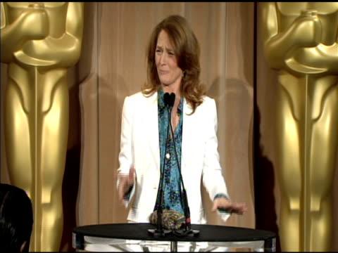 vídeos de stock, filmes e b-roll de melissa leo at the 83rd academy awards nominations luncheon at beverly hills ca. - melissa leo