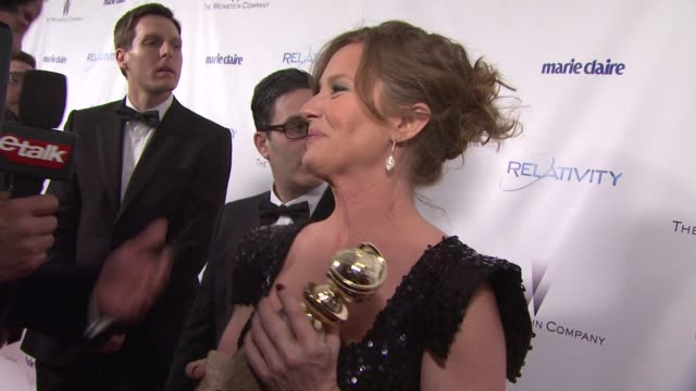 vídeos de stock, filmes e b-roll de melissa leo at the the weinstein company and relativity media's 2011 golden globe awards after party at beverly hills ca. - melissa leo