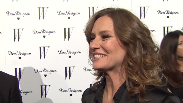 melissa leo on her critic's choice win tonight at the w magazine celebrates the best performances issue and the golden globe awards at los angeles ca. - critic stock videos & royalty-free footage
