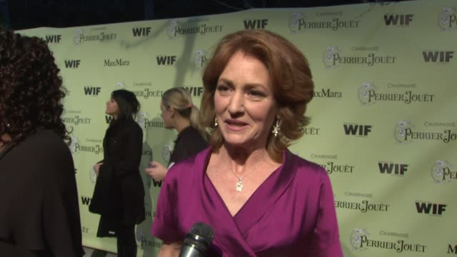 vídeos de stock, filmes e b-roll de melissa leo on the event oscar week at the 2nd annual women in film preoscar cocktail party at los angeles ca - melissa leo