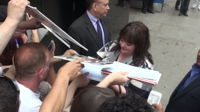 Melissa McCarthy arrives to the Good Morning America show and greets fans Celebrity Sightings in New York on June 25 2014 in New York City