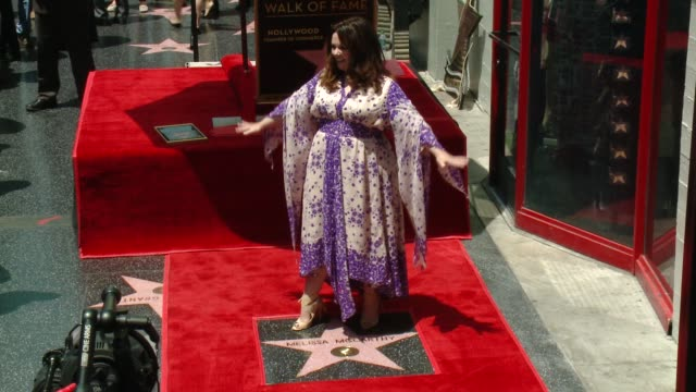 melissa mccarthy at melissa mccarthy honored with star on the hollywood walk of fame on may 19, 2015 in hollywood, california. - メリッサ・マッカーシー点の映像素材/bロール