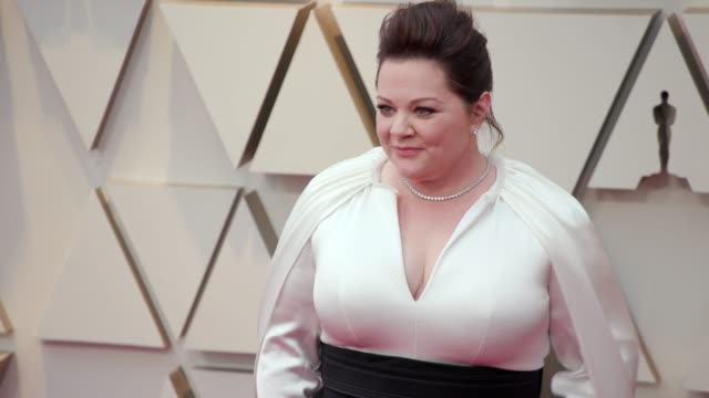 melissa mccarthy at the 91st academy awards - arrivals at dolby theatre on february 24, 2019 in hollywood, california. - メリッサ・マッカーシー点の映像素材/bロール