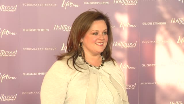 melissa mccarthy at the hollywood reporter's annual 'power 100: women in entertainment breakfast', beverly hills, ca, united states, 12/7/11. - メリッサ・マッカーシー点の映像素材/bロール