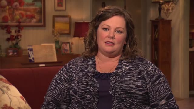 Melissa McCarthy on the set of Mike Molly