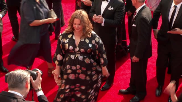 melissa mccarthy walks the red carpet at the 2017 emmy awards at the 69th primetime emmy awards at the microsoft theater in los angeles, ca. the emmy... - microsoft theater los angeles stock videos & royalty-free footage