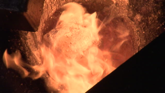 cu melting silver in furnace / dayton, nevada, united states - silver coloured stock videos & royalty-free footage
