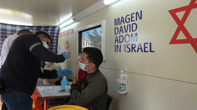 ISR: Israel Continues Vaccinating Its Arab-Israeli Community