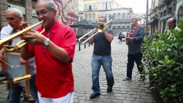 pan members from the all that jazz band perform in the historic lapa district on september 20 2014 in rio de janeiro brazil - street performer stock videos & royalty-free footage