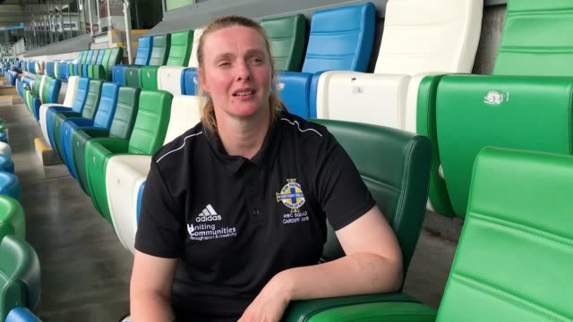 vídeos de stock, filmes e b-roll de members of northern ireland's homeless world cup team have received a fitting sendoff at the region's home of football a squad of 16 men and women... - campeonato esportivo