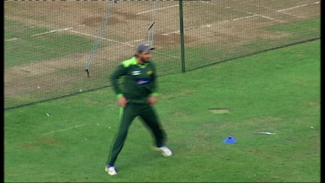 members of pakistan team face questioning over match fixing allegations england somerset taunton ext various shots of pakistani team training at... - lords cricket ground stock videos and b-roll footage