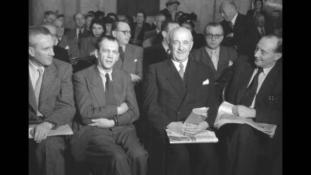 vídeos de stock, filmes e b-roll de vs members of the german bundestag all men sit in audience as they attend a hearing of the us senate committee on foreign relations and committee on... - atlântico central eua