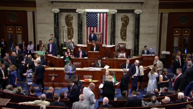 members of the house of representatives are seen at the close of a roll call vote on the raise the wage act as reading clerk susan cole reads members... - house of representatives stock videos & royalty-free footage