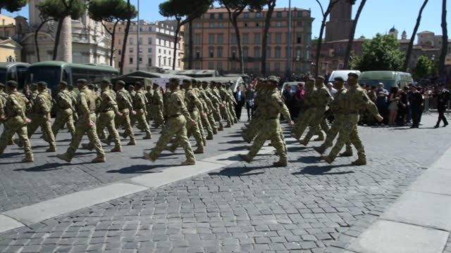 members of the italian armed forces participate in a parade during the celebrations for italian republic day on june 2 2019 in rome italy the day... - italian culture stock videos & royalty-free footage