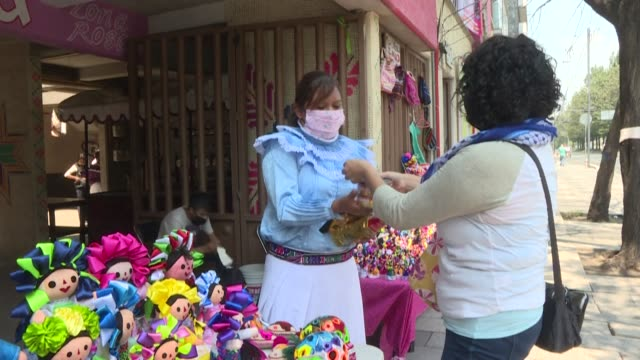 MEX: Dolls in exchange for food: how a Mexican indigenous community survives the pandemic