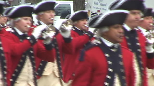 members of the us army's 3rd infantry regiment fife and drum corps march down pennsylvania avenue during the second inauguration of george w bush - pennsylvania avenue stock videos & royalty-free footage