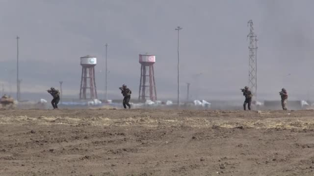 members of turkish and iraqi armed forces take part in a joint military exercise on the turkishiraqi border near the habur border gate in silopi... - silopi stock videos and b-roll footage