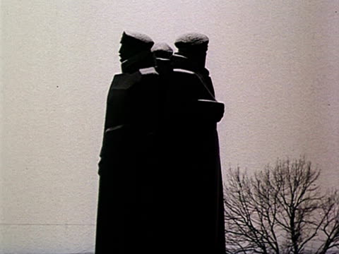 WWII memorial AUDIO / Riga Latvia