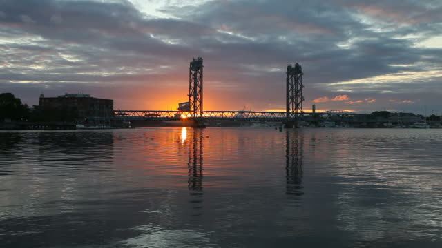 memorial bridge in portsmouth, new hampshire - kittery stock videos & royalty-free footage