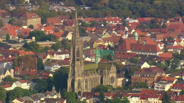 stockvideo's en b-roll-footage met ms aerial memorial church of protestation and houses at speyer / germany - kerktoren