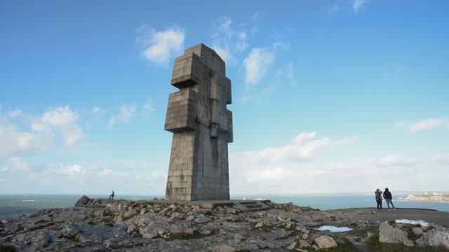 Memorial to the Fallen -Pen Hir point, Finistere
