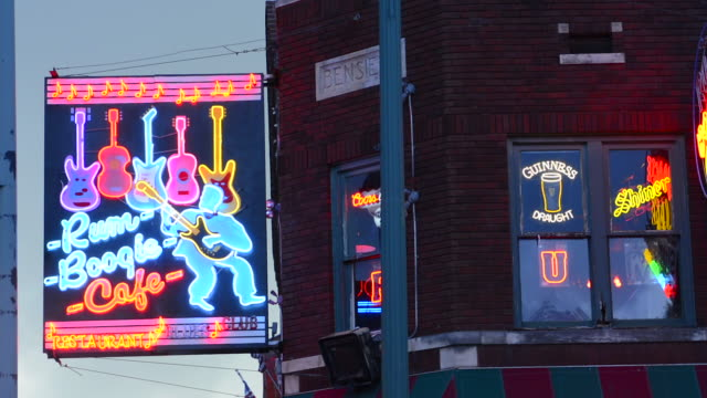 16 Neon Music Notes Video Clips & Footage - Getty Images