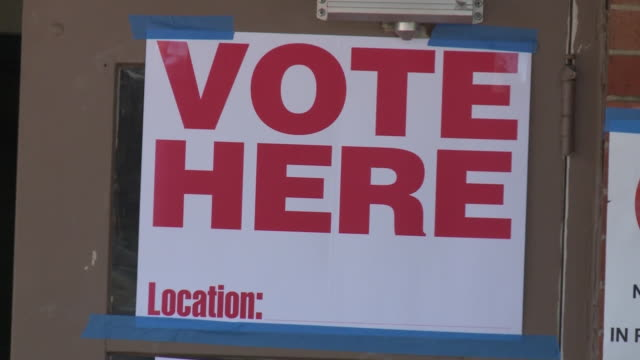 memphis, tn, u.s. - information signs at polling place in memphis on wedensday, october 14, 2020. - slipper stock videos & royalty-free footage