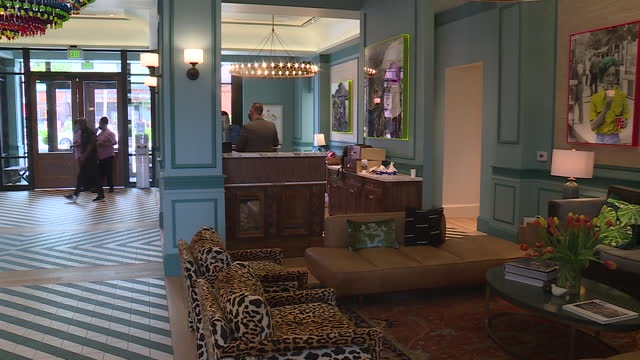 memphis, tn, u.s. - lobby and restaurant of the memphian hotel on tuesday, may 4, 2021. - dining room stock videos & royalty-free footage