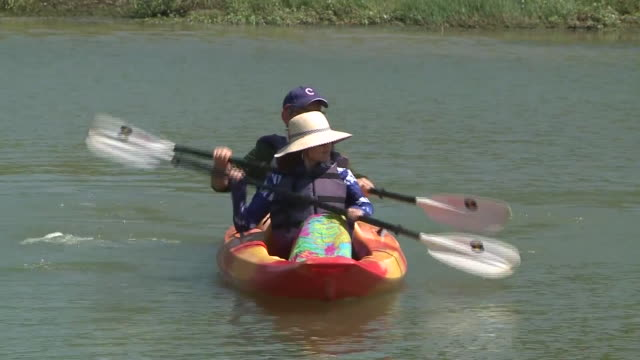 memphis, tn, u.s. - people kayaking on lake at shelby farms during labor day on monday, september 7, 2020. - memphis tennessee stock videos & royalty-free footage