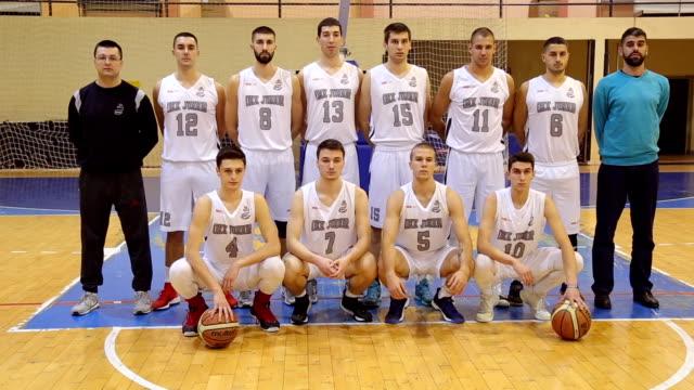 men basketball team - organised group photo stock videos & royalty-free footage